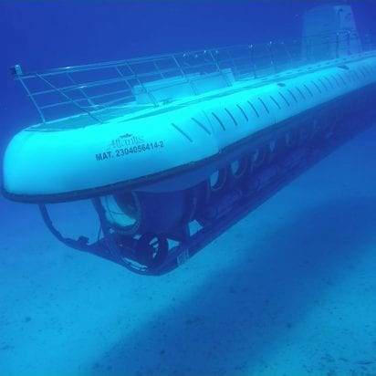 Atlantis Submarines (Submerge)