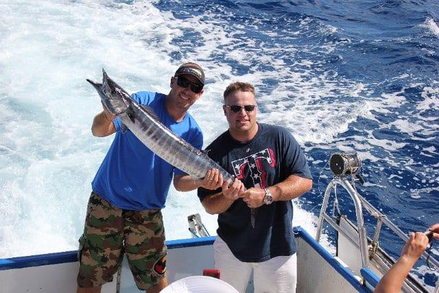 Aloha blue charters go fishing on maui maui tickets for Maui bottom fishing