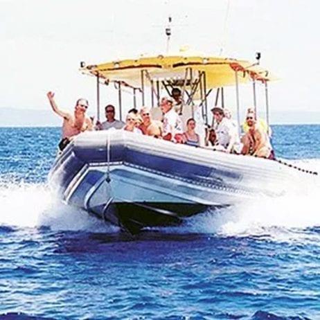 Maui Adventure Cruises - Lanai Snorkel and Landing (Maui Rafting)