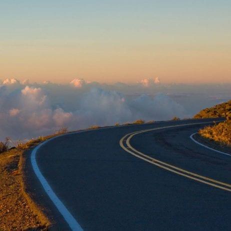 Maui Mountain Cruisers - Sunrise or Mid-Day Tour (Downhill)