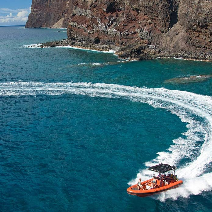 Ocean Riders – Circumnavigate Lanai