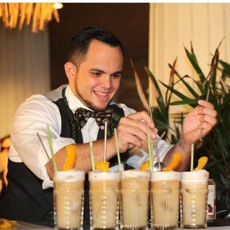 Royal Lahaina Luau (Bar)