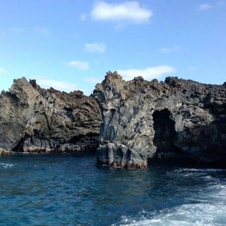 Seafire Charters - Express Molokini Snorkel (Rock)