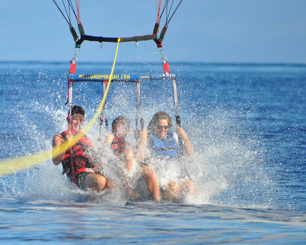 Maui Parasail Splash - 2139