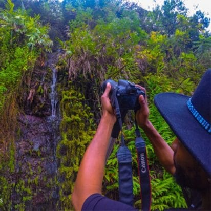 Aloha Hawaii Tours – Deluxe Road to Hana Tour (Taking Picture)