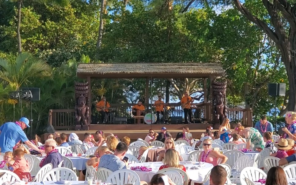 Maui Nui Stage Photo