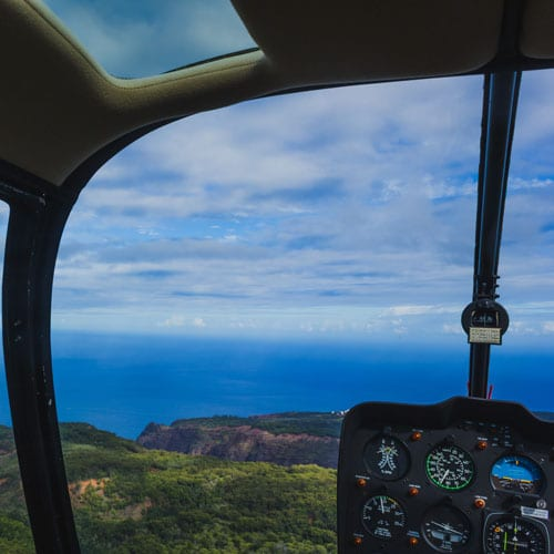 Sunshine Helicopters – West Maui and Molokai – 45 Minutes